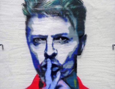 PAUL THEIRRY, David Bowie, 2017, MT auf Leinwand, Acrylglas, 90 x 90 cm - Galerie Hegemann