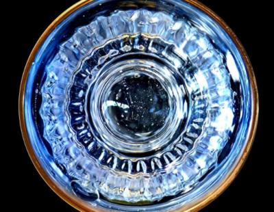 ANOUK Pure Aqua, 2019, Aludibond, gerahmt, Museumsglas, Auflage 7, 124 x 124 cm - Galerie Hegemann