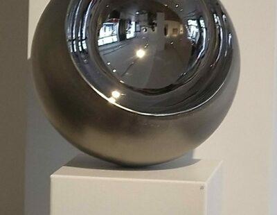 R.A. Westerhuis, Bol, 2019, Edelstahl, 40 cm
